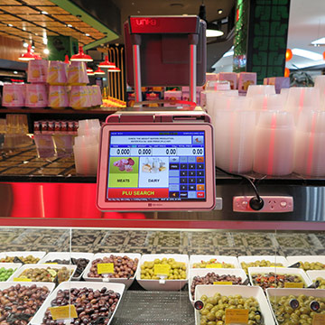 Retail Scales in a fruit grocer