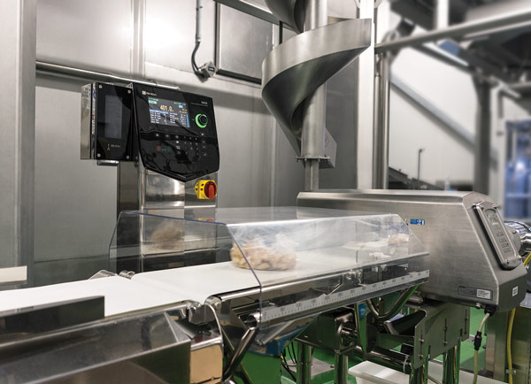 Metal detector and checkweigher inspecting prepared foods