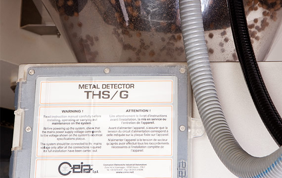CEIA Metal Detector and Ishida Multihead Weigher for Dog Food