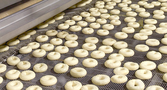 Industrial bagel boiling machinery