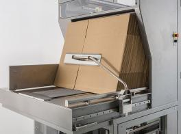 Integrated automatic case packing of snack food bags